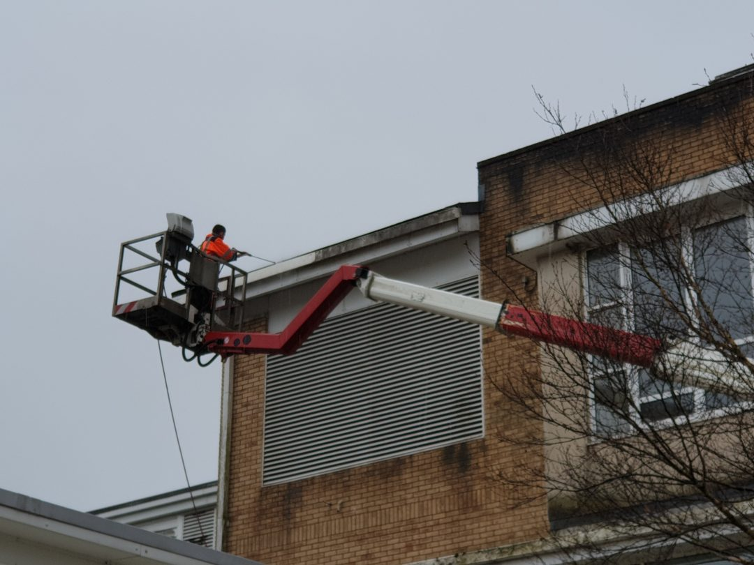 Hospital Gutter Cleaning